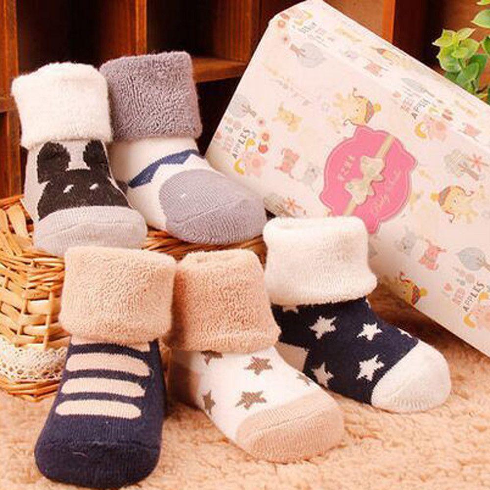 Мальчики Девочки 2020 Мода Детские Dot Дети Симпатичные Слип обувь Хлопок Anti-Slip Трикотажное Теплые носки