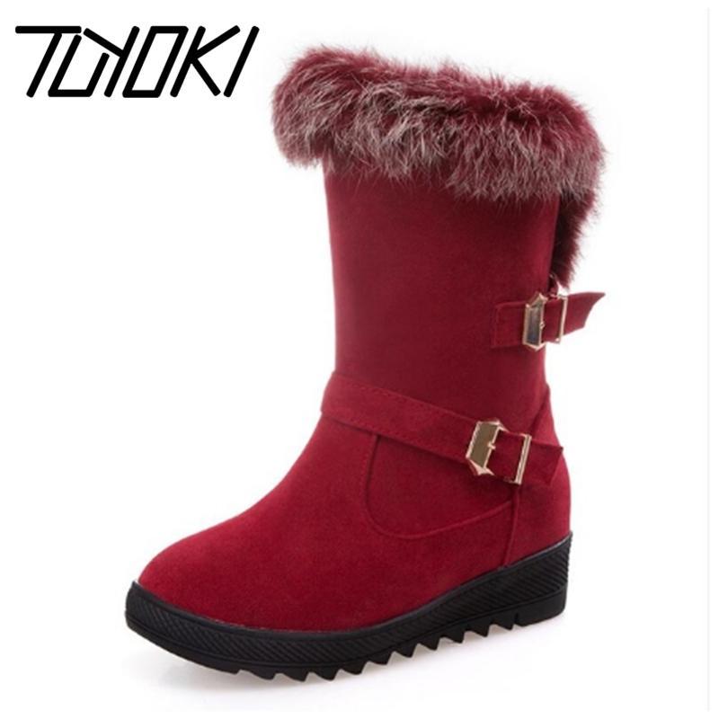 Tuyoki Tamanho 34-43 Quente Inverno Fur Dentro Mid Calf neve Botas para mulheres fivela de metal grosso Plataforma Meio Curto Plano Botas