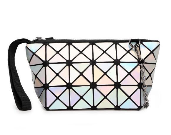 2020 Nueva alta calidad mujeres de la manera bolsa de cosméticos geométrica plegable Lingge bolsa compone bolsos para damas bolsas de belleza