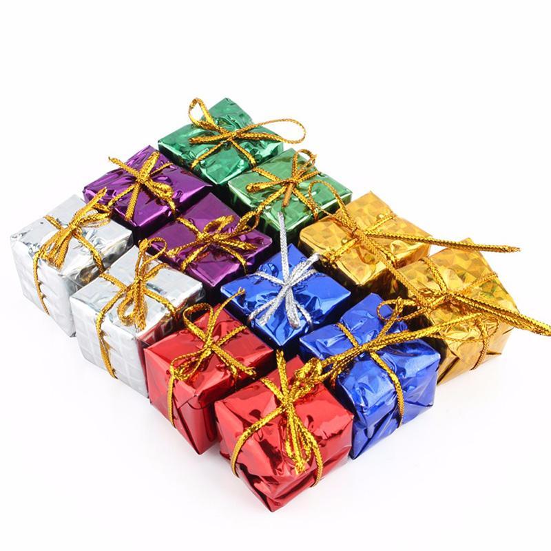 크리스마스 장식 24pcs 절묘한 나무 장식품 크리스마스 선물 상자 장식 축제 홈 매달려