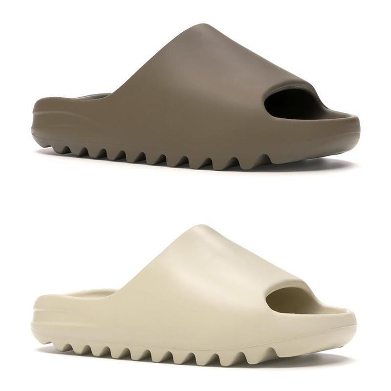 Hot adidas yeezy slide kanye west slipper homens mulheres chinelos de design Desert óssea resina areia triplo moda negra escorregas mens praia sandálias de hotéis fundos engrenagem