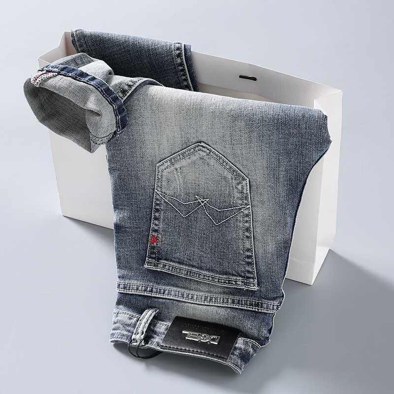 Мужские Жан Брюки 2020 Новый W Письмо Карманный дизайн Натяжные джинсы светло-голубой вскользь тонкий Мужские джинсы Мужской упругая тощий джинсовой 602