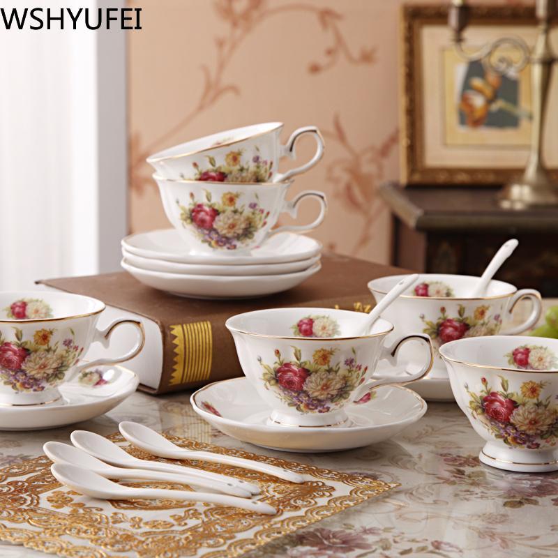 السيراميك مقهى بار كافة الذهب حافة بعد الظهر كوب الشاي والصحون تعيين ملعقة عيد الميلاد utenciles هدايا فاخرة