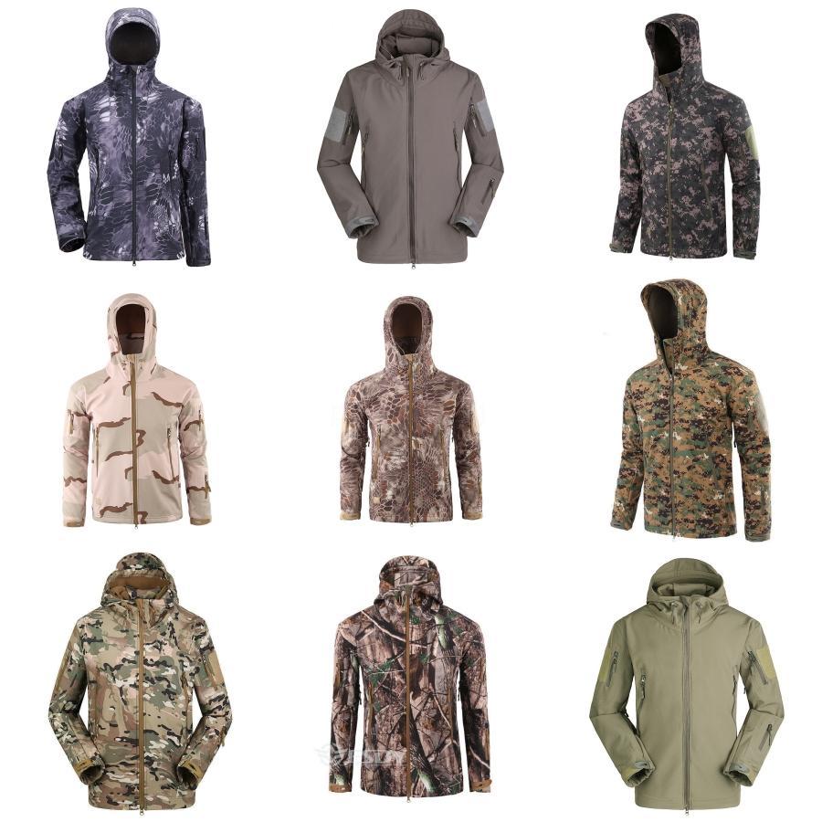 2020 Giacca Autunno Nuovo cappuccio Giovani uomini Windbreaker casuale Top Coat semplice rivestimento di alta qualità Men # 406