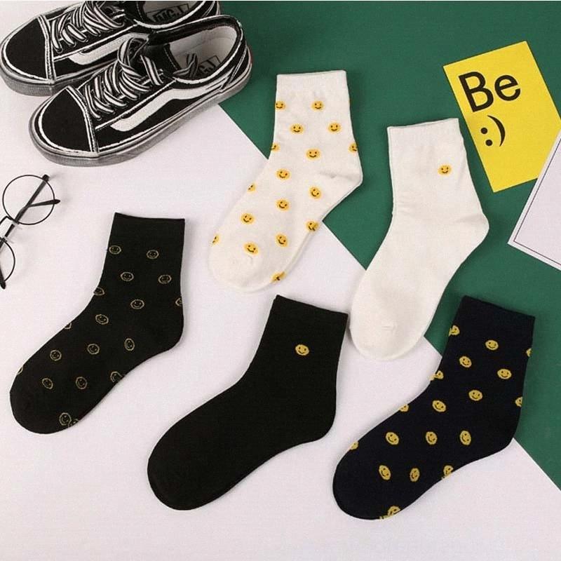 Yaz Kadın Kadın İç Çamaşırı İç Harajuku Kore Japon Pamuk Çorap Kız Karikatür Smiley Komik Kadın Çorap p0Qg #