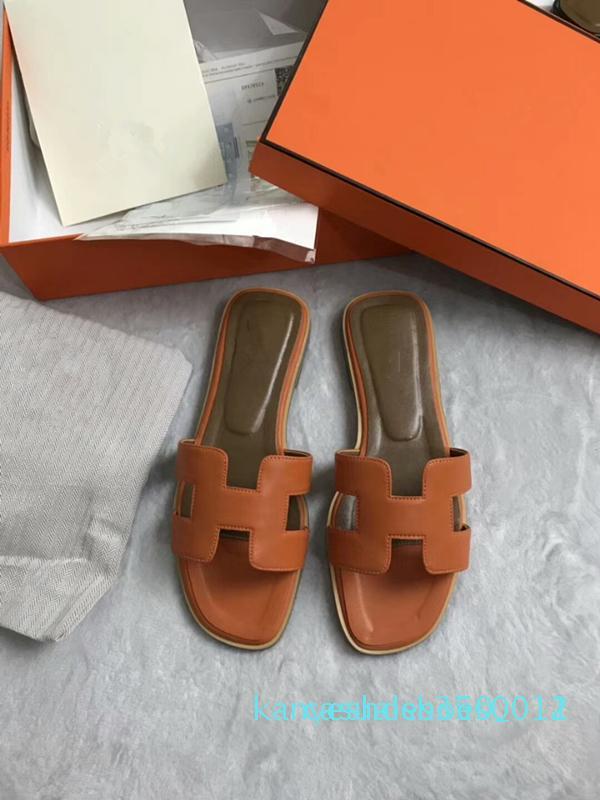 2018 HOT New Designer de luxe de sandales femmes perle mode dame pantoufles été décontracté Chaussons Tongs chaussures plates de sable k12