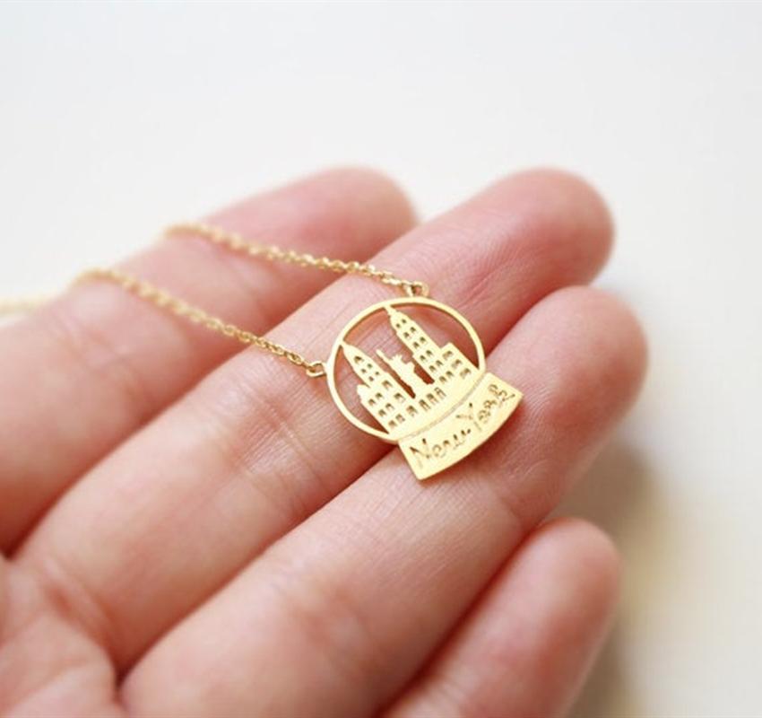 New York Stadtbild Schnee-Kugel-Halskette Frauen-Edelstahl-Halskette amerikanische Freiheitsstatue hängende Halskette Goldschmuck