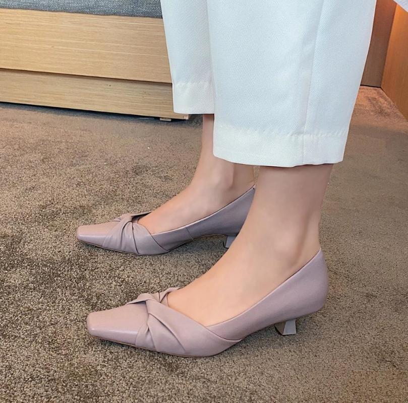 2020 nuova primavera e l'autunno semplice e piccole scarpe tacchi alti testa quadrata femminile in pelle temperamento selvaggio tacco elegante x159