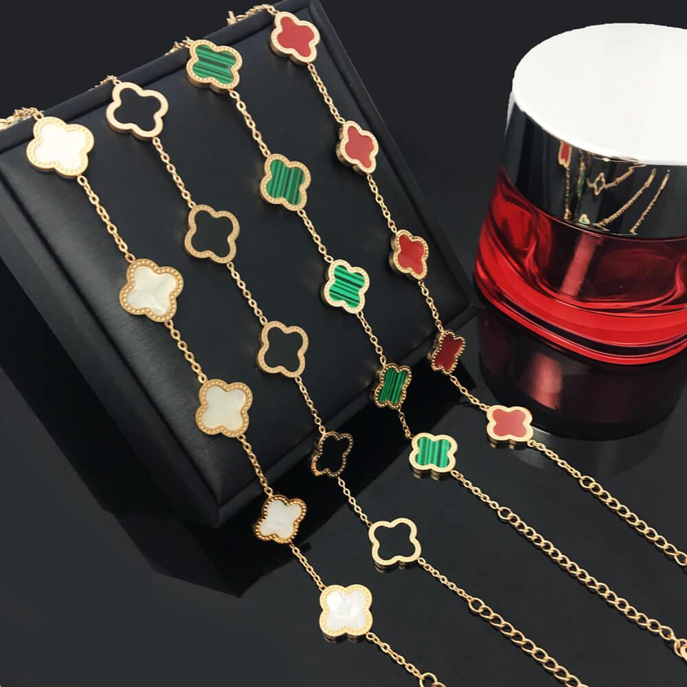 Женщины дизайн очарование браслеты титановые стальные цветок четыре листья клевера браслет модный лист браслеты для девочек партии украшения подарки не исчезают