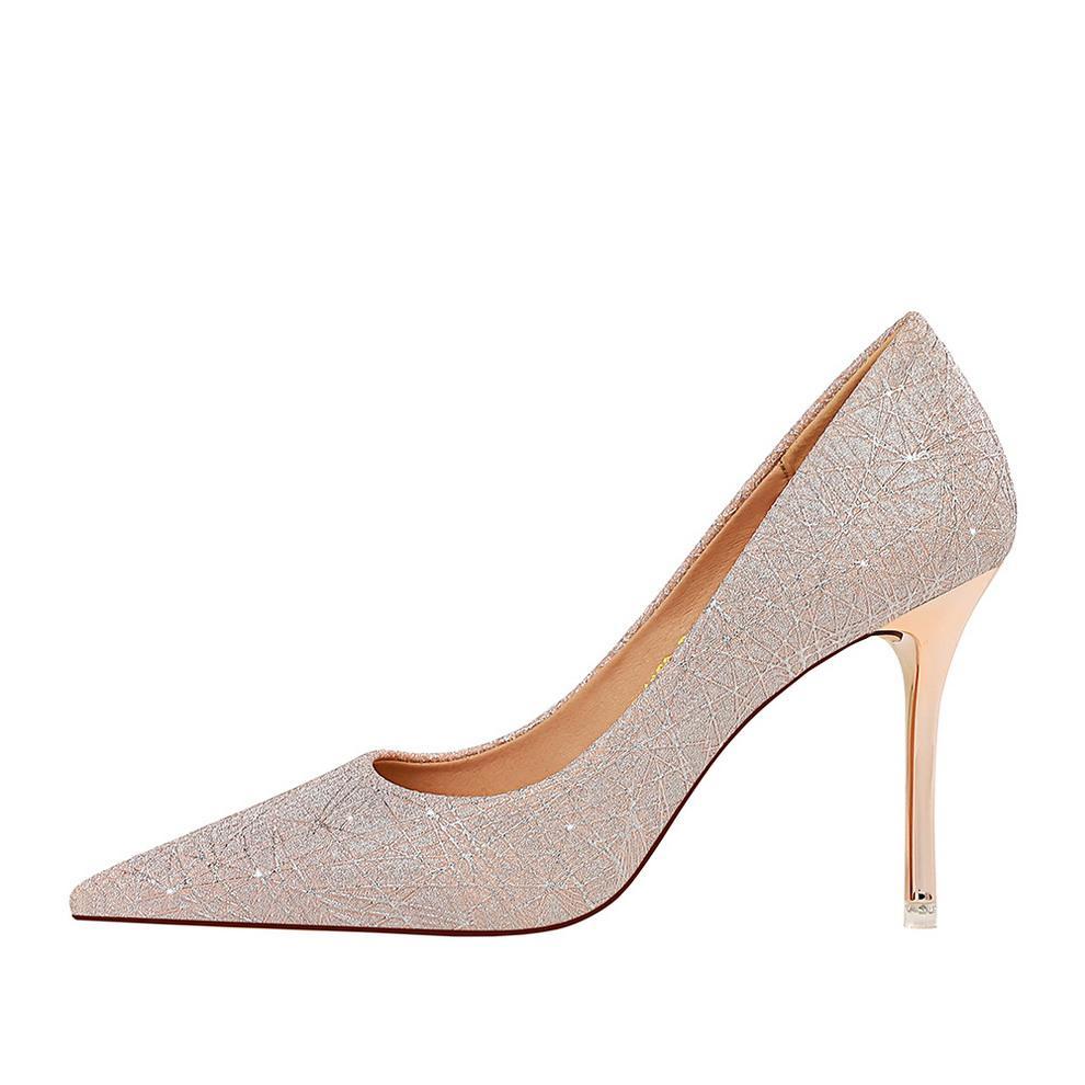 Moda Lüks Tasarımcı Kadınlar Ayakkabı Yüksek Topuklar Kırmızı Alt Kate tarzı 9.5cm Yuvarlak Sivri Toes böylece dipleri Elbise Sneakers F51232 pompaları