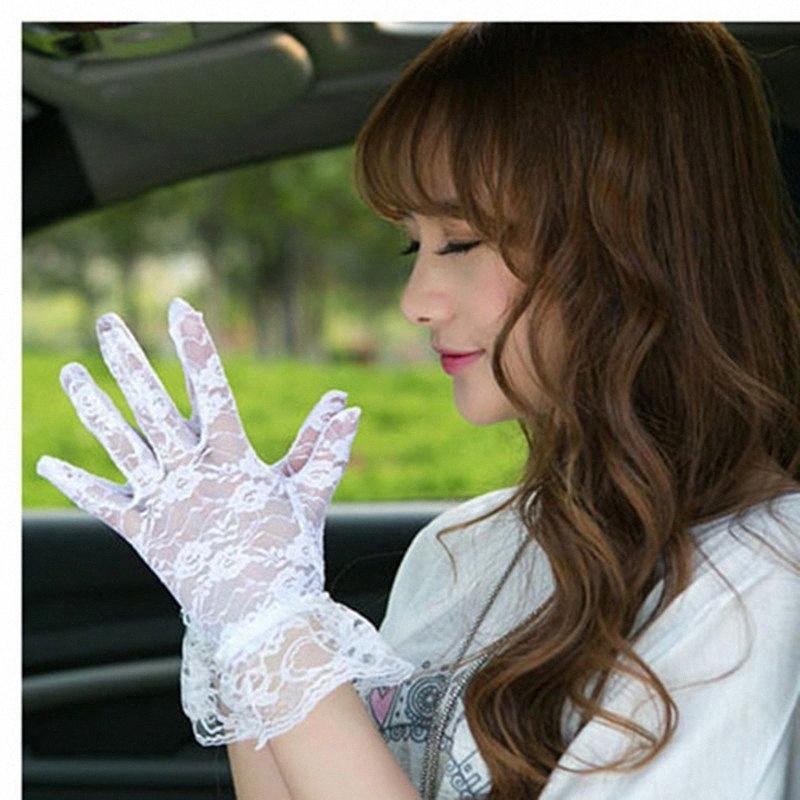 Chegada Nova Sexy Lady Sun Protecção das mãos Acessórios Mulheres oco Flor Luvas rendado Dedo meninas cheios Mitten q0aN #