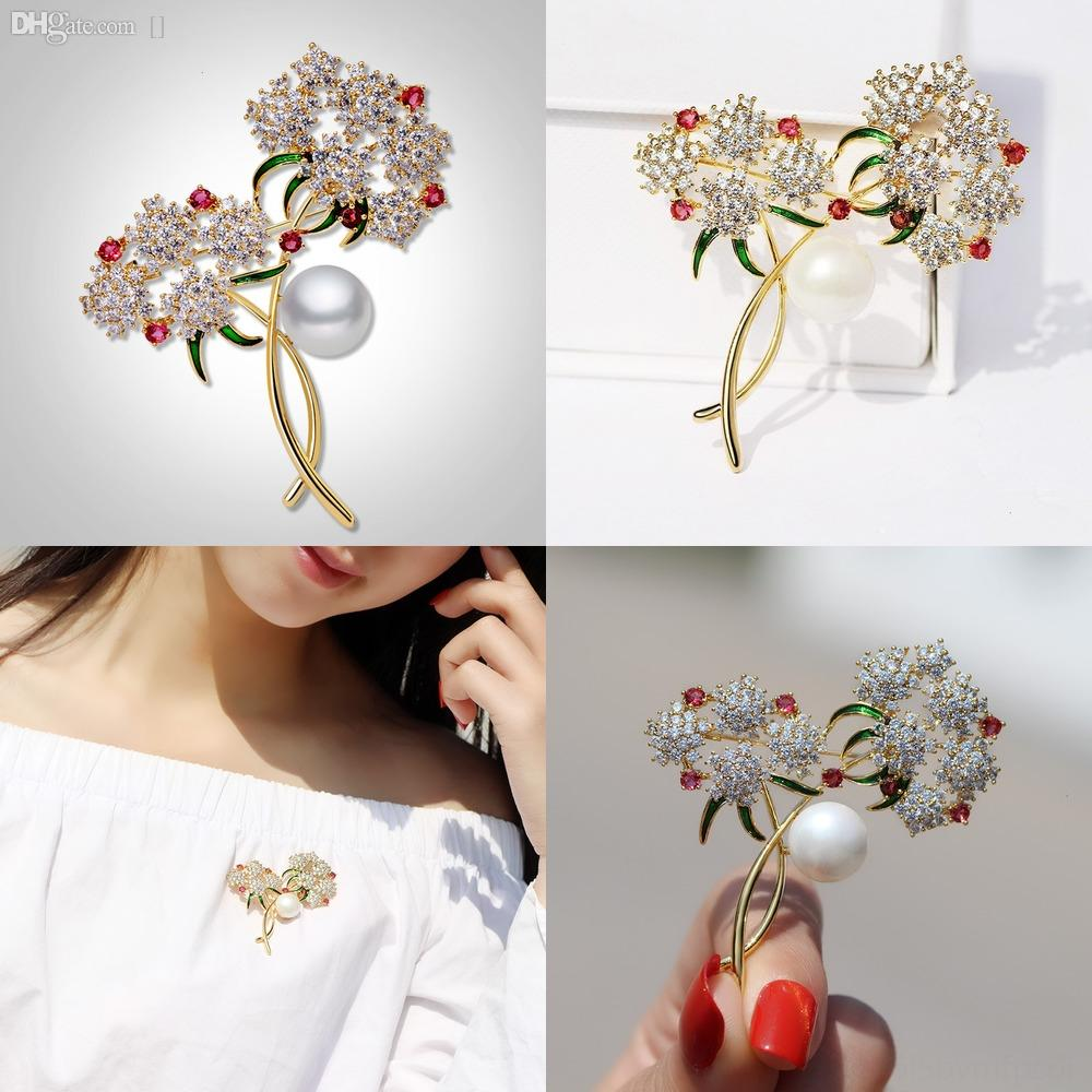 i2tZG Women Flowers Hat For Pins Jewelry Brooches Knitting panda Wool Brooches Corsage Accessories Korean bag Hair Ball Mini Gw