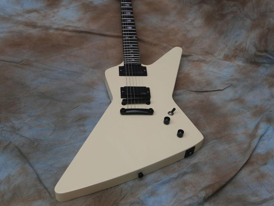Krem Beyaz Elektro Gitar Eet FUK Klavye Kakma, Aktif Pikaplar, Metallica Jameshetfield
