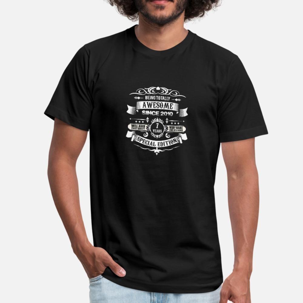 Полностью Потрясающие С 2010 7-й день рождения футболки рубашки мужчины печати майка Круглый воротник одежды Интересное Юмор Summer Style Normal рубашка