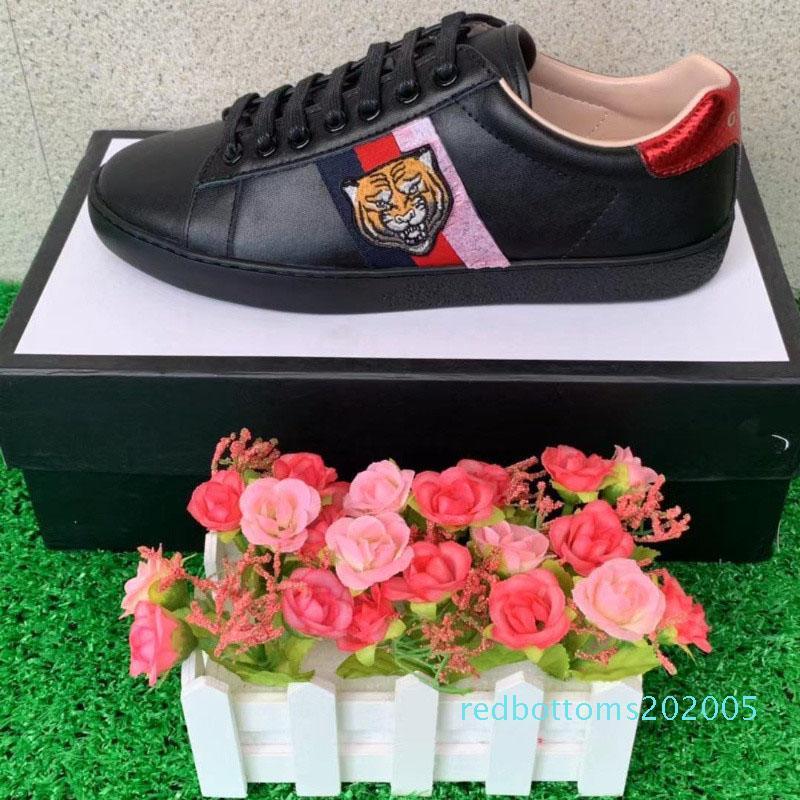 bordados 2Designer sapatos ACE marcas de luxo tigre branco abelha grife sapatos de couro de cobra sapatos desportivos homens e mulheres sapatilhas ocasionais R05