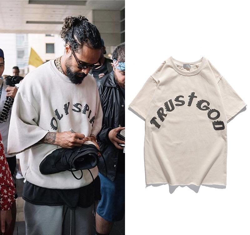 Domingo SERVIÇO Kanye West T Shirt Hip Vintage Oversized Impresso T-shirts Homens Mulheres Hip Graffiti manga curta Top Tee Streetwear T200521