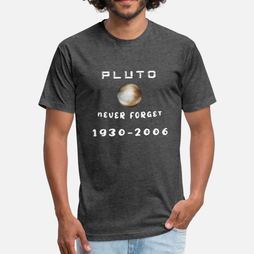 Divertido Plutón nunca se olvida 1930 2006 hombres de la camiseta crean camiseta de cuello redondo de la vendimia Fit letras divertidas otoño del resorte de la camisa