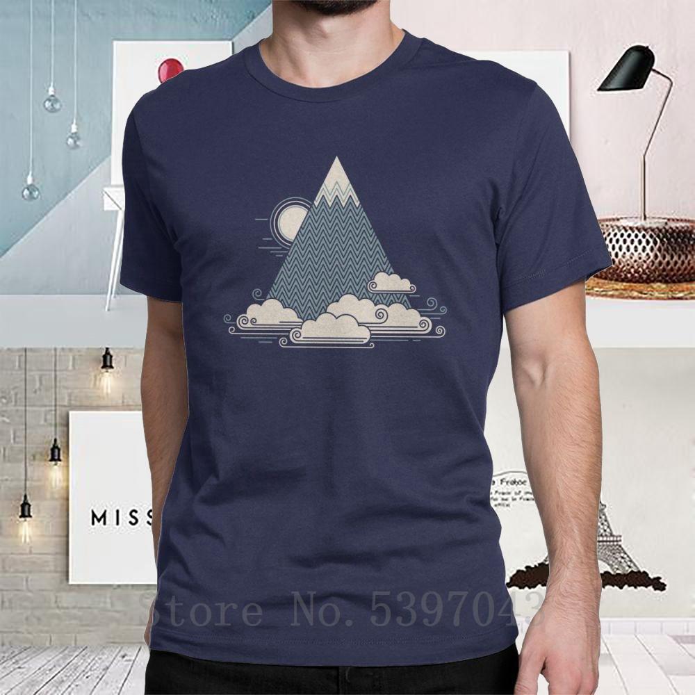 Homens T Shirt montanha nuvem trekking viagem única Sunrise Ar Livre Explorar T da natureza em torno do pescoço Algodão projeta o t-shirt