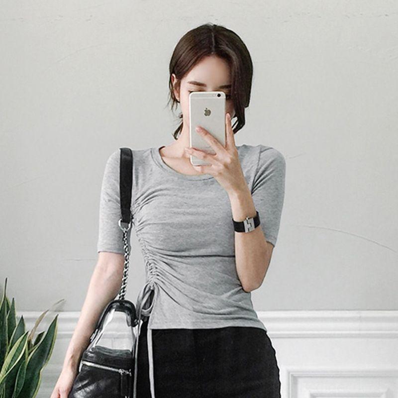 Kurzarm-T-Shirt T-Shirt der koreanische Art reizvolle dünne feste Farbe Art und Weise faltete Sommerkleidung der Frauen 2019 neuen Damenbekleidung Sommer EOE