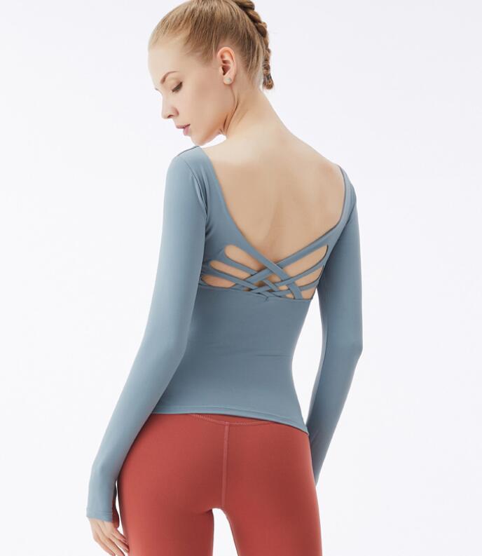 Новая йога с длинными рукавами футболка с груди площадки женщин перекрестных красот спины спортом топ быстросохнущей работает фитнес одежда женщин