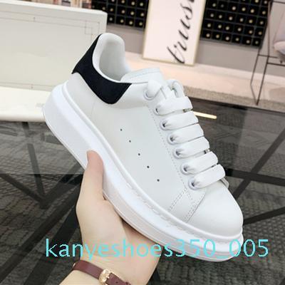 2020 Mode Hommes Femmes Chaussures coloré arc-en-Lacets Plate-forme Sneakers Belles Bas Blanc Baskets en cuir Chaussures Casual K05