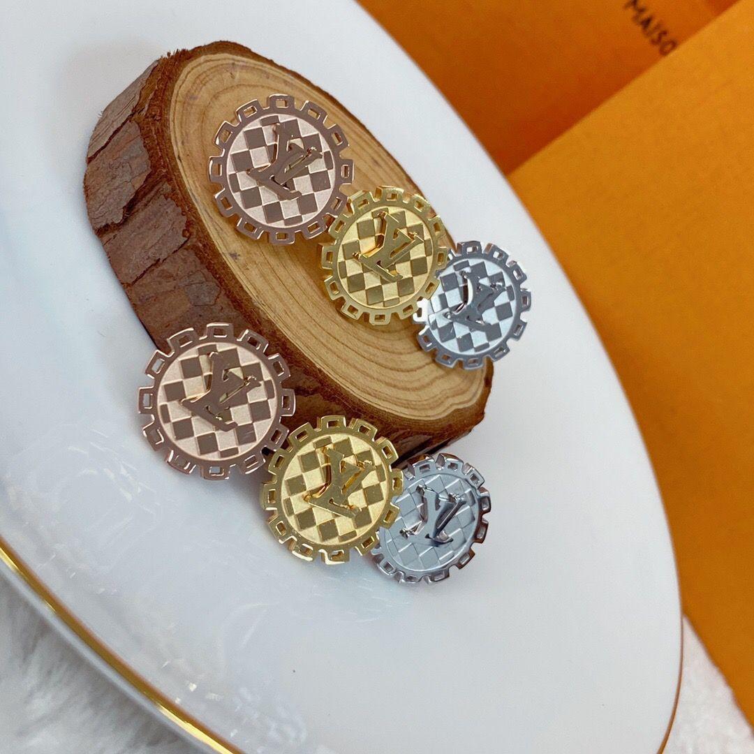 Nuovi monili di lusso classico stile punk superiore in acciaio inox 3 colori orecchini vite prigioniera placcati oro per le donne Regali all'ingrosso Prezzo
