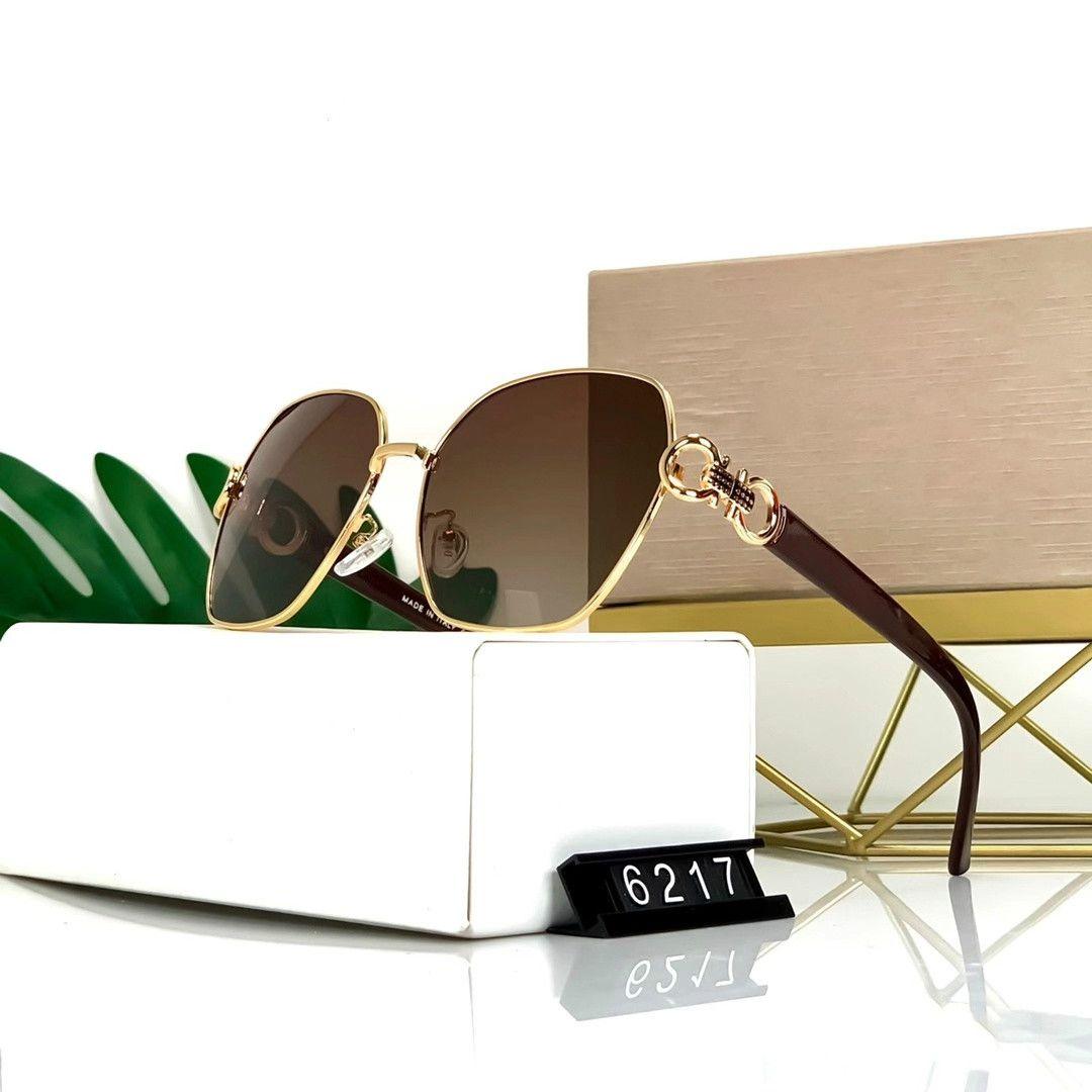 2020 الجديدة النظارات الشمسية تصميم الأزياء، والسيدة فاخر مصمم النظارات الشمسية، وتصميم مثالي لجميع أنواع الوجه نظارات 5 ألوان عالية الجودة D6217