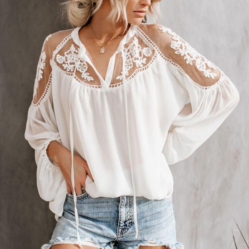Шифон блузка с V-образной вскользь Lace Mesh прострочки длинного рукава Женской Lanern рукав Блузка Y200828
