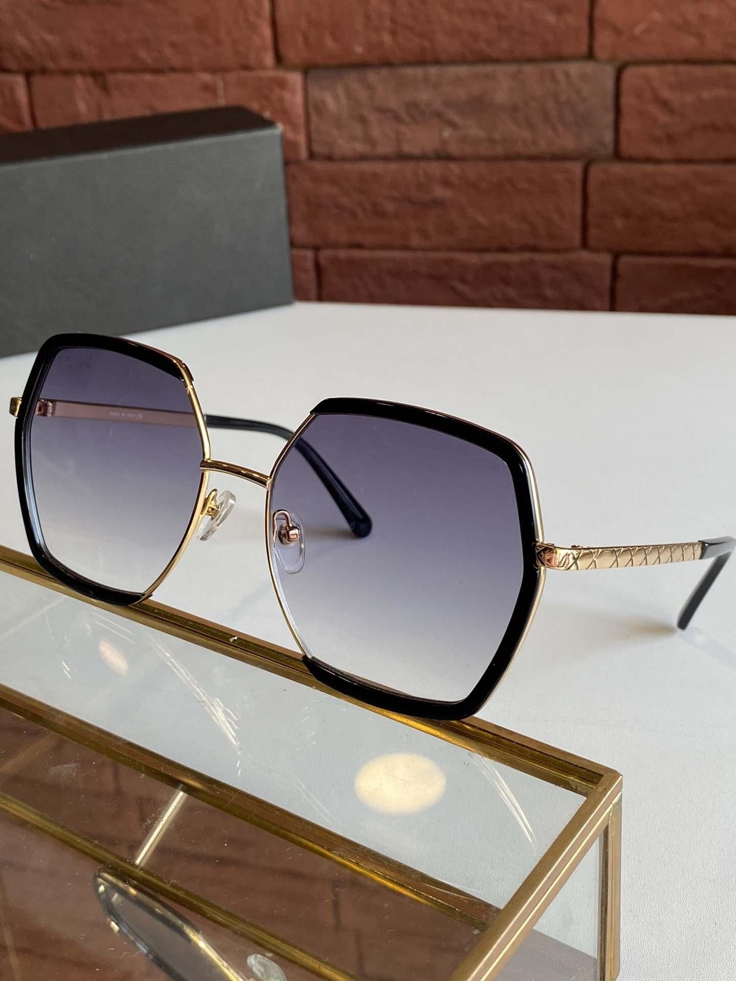 Stil Üst Kalite klasik UV Koruma Lens serbest paketi ile gel 3310 Güneş gözlüğü İçin Kadınlar Popüler Moda Yaz kare unisex