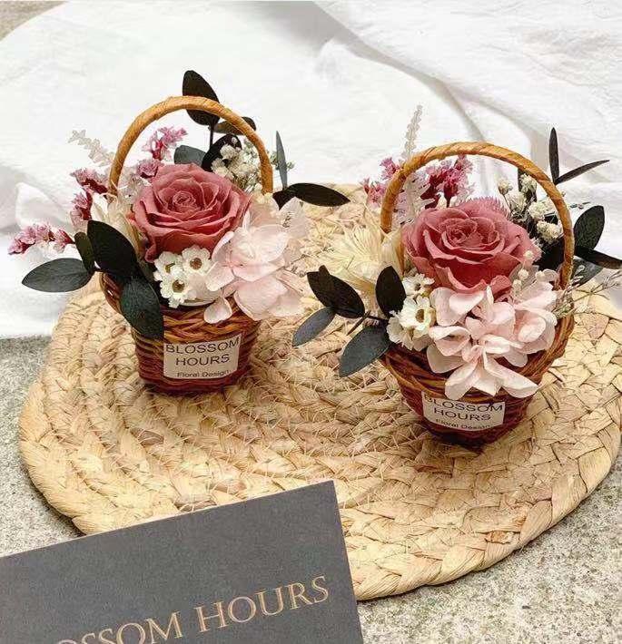 Hediye Dekorasyon Sepeti ile Sonsuz Çiçek kuru çiçek Mini Palmiye kalp Çiçek Sepeti dekorasyon Masaüstü yerleştirme Sevimli Tatlı Kalp Sepet