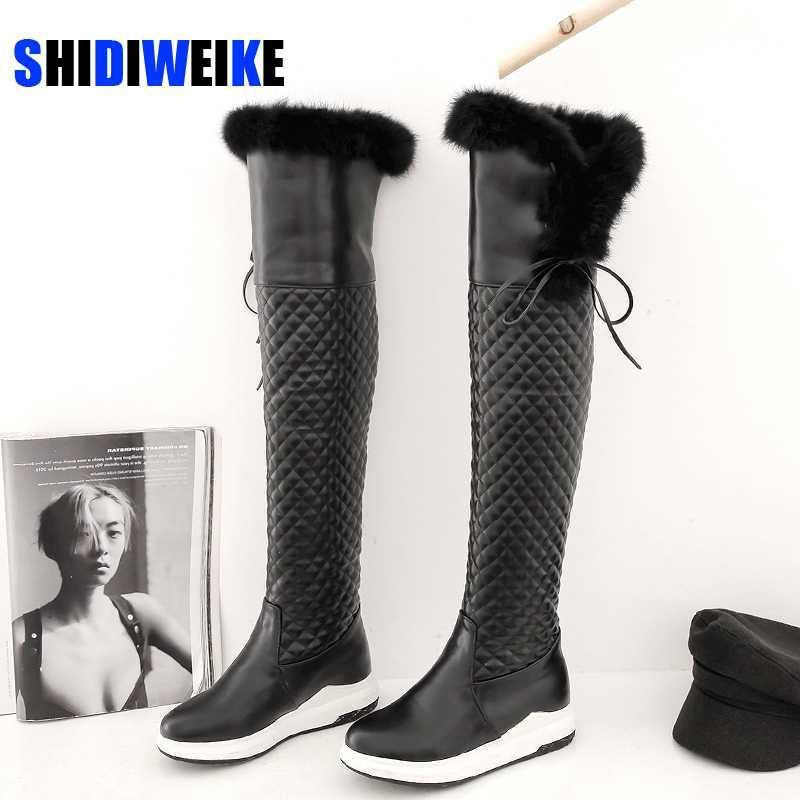 Bottes Femelle Snow hiver Chaussures Chaudes Chaussures Femme Pu cuir sur le genou High Bottines Qualité 2021 Arrivée Peluche AB748