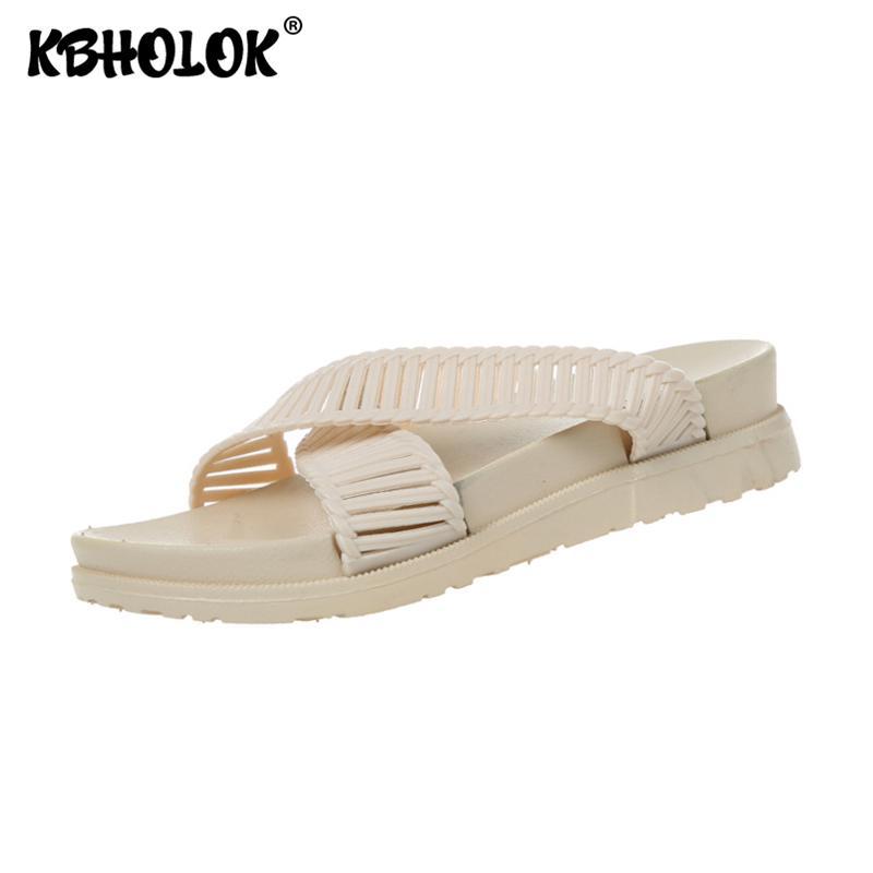 Os doces colorem Chinelos Plataforma de Mulheres 2020 Luxo sapatos de praia Chinelos Verão Mulheres Designers Zapatos de mujer Feminino deslizador