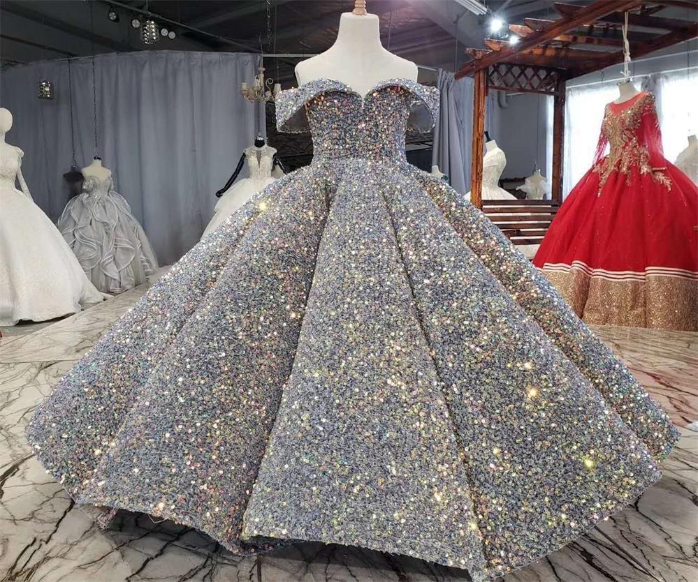 Lüks Gümüş Bling Pullu Kızlar Yarışması Elbiseler Kabarık Kapalı Kız Omuz Dantelli Çiçek Kız Elbise Abiye Parti Elbise