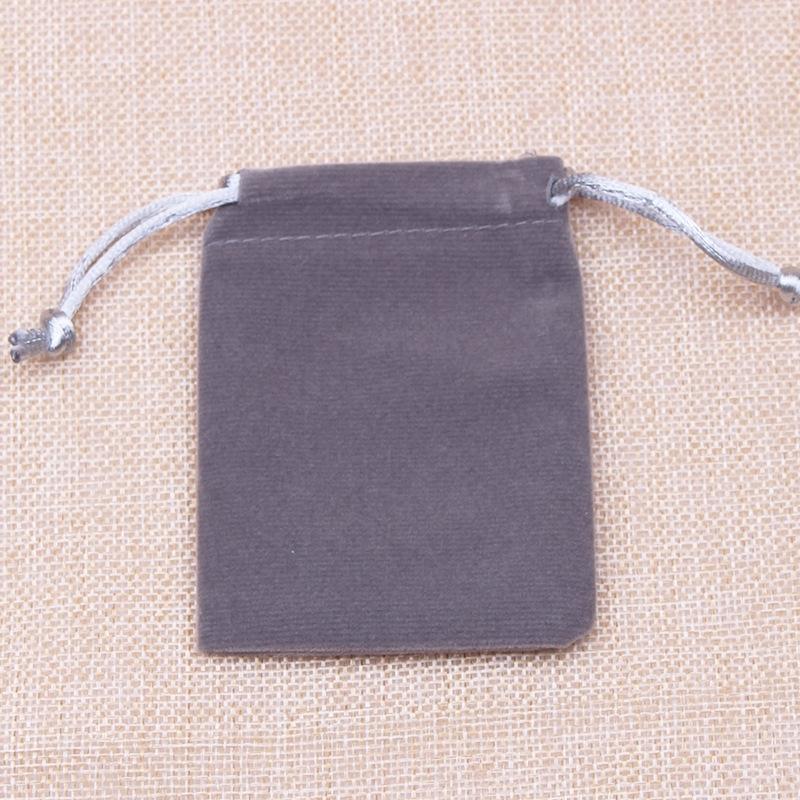 FC8Gg Flanelle cadeau gris 5 tailles sac emballage bijoux sac cadeau de stockage d'emballage de bijoux cordon de serrage