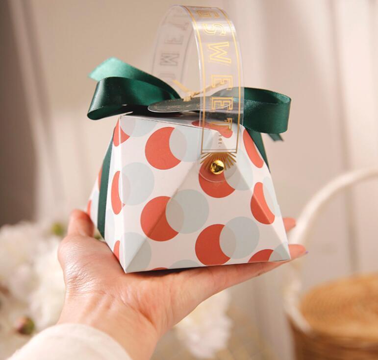 Подарочная упаковка 50 шт. Diamond Style Сумка Свадебные Формы Конфеты Коробки Бомбонии Сахарная сумка Партия Партия Шоколадная коробка Сувенир