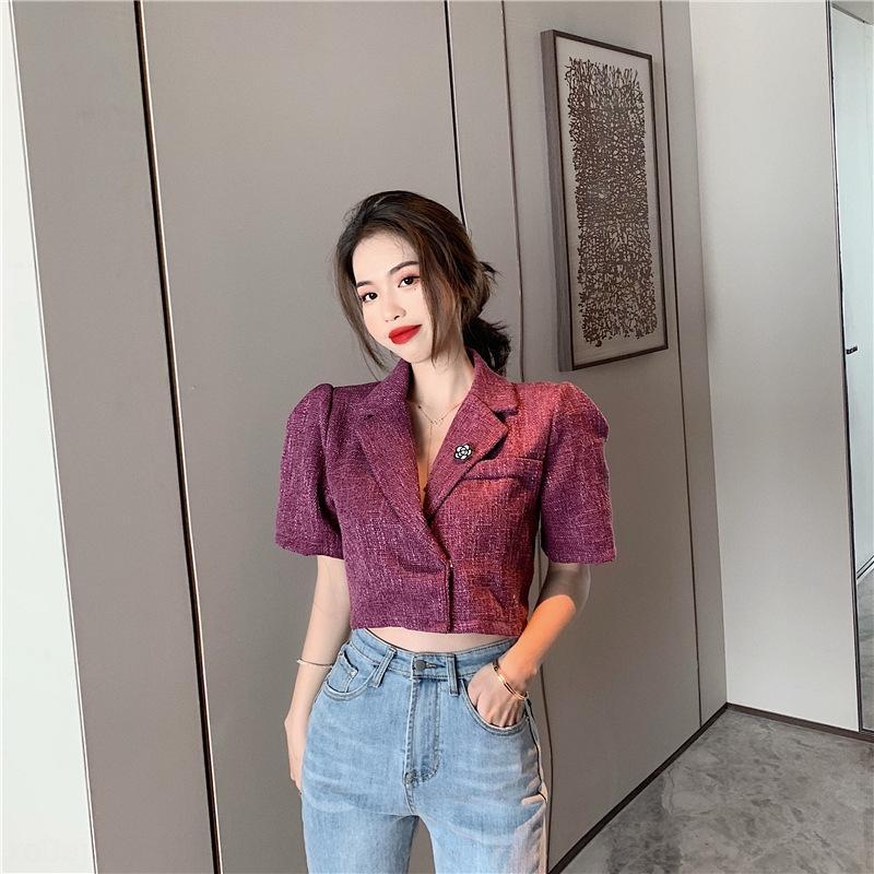 Corea del estilo de juego pequeño verano de las mujeres delgadas de color púrpura 2020 nueva capa de la chaqueta de traje de la capa del cortocircuito pequeña camiseta de manga corta ocasional