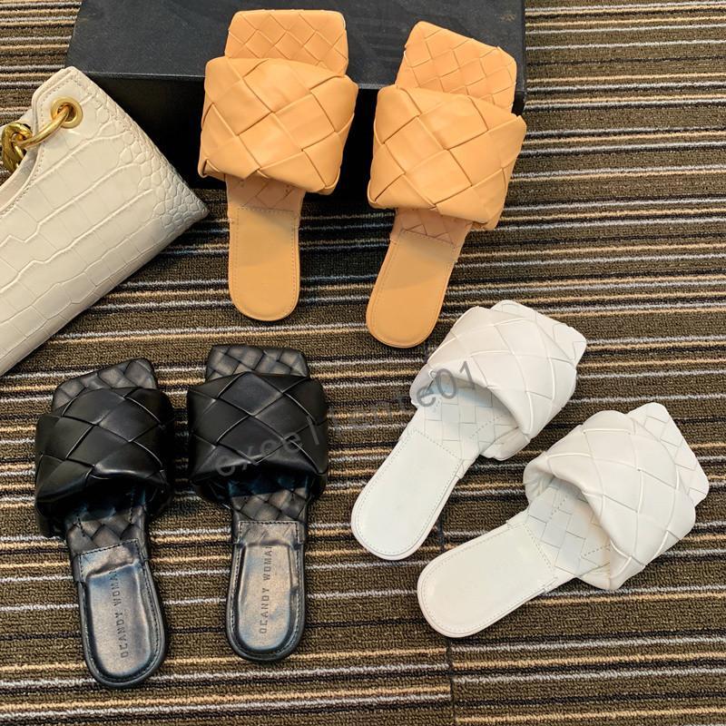 2020 UK Tissé Chaussons Sliders Sandales d'été en cuir Chaussons femme Tongs bout carré Stiletto Sandales Chaussures Chaussures Nuage