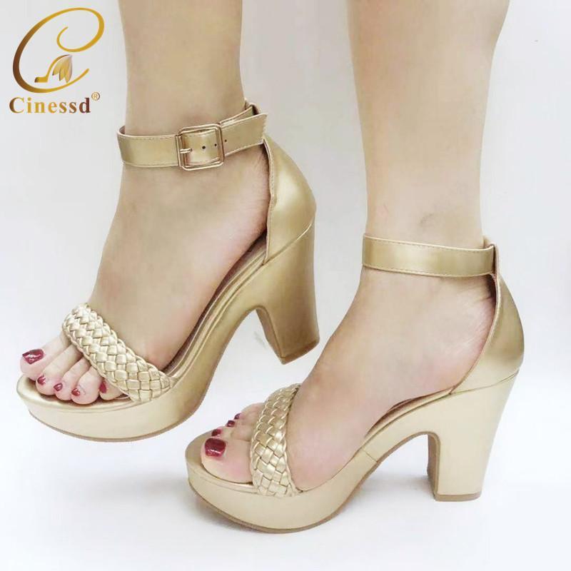 2020 ultime scarpe di colore oro donne africane Slides stile estivo con pantofole per la donna sposa Parti Shoes Shoes nigeriani