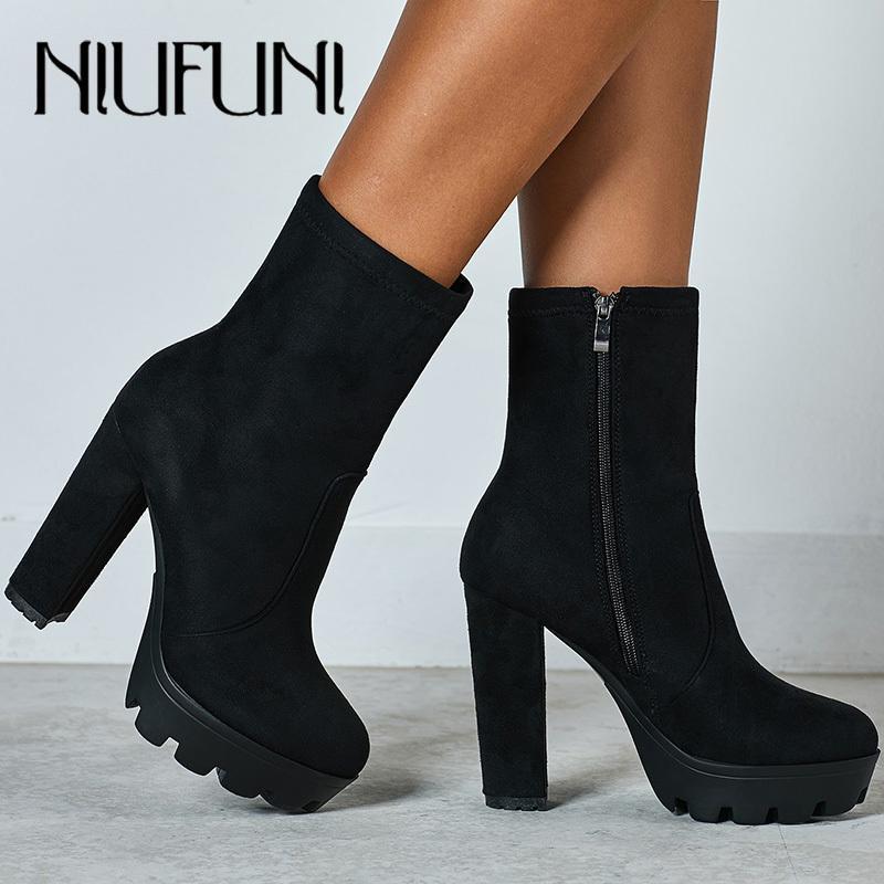 NIUFUNI 2020 Женщины Ботильоны осень Круглый Toe платформы сапоги Мода черный замши на высоком каблуке Обувь Botas Mujer CX200822