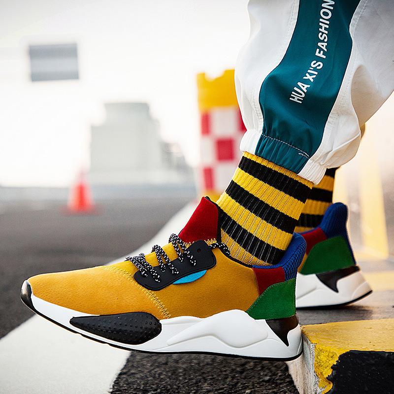 2020 couro Verão calçados casuais Homens Handmade Vintage sapatos de amarrar