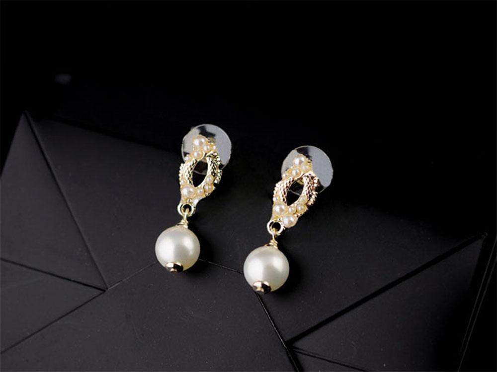 inci gümüş küpe kadın modeller dört yonca otu Kore versiyonu 63.127 toptan altın siyah akik Mini küpe gül