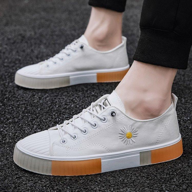 Frühling und Herbst Low Heel chinesische Gummi runder Kopf Solid Color Low-Top-Schuh-Plattform-Schuhe Tägliche Lace-up