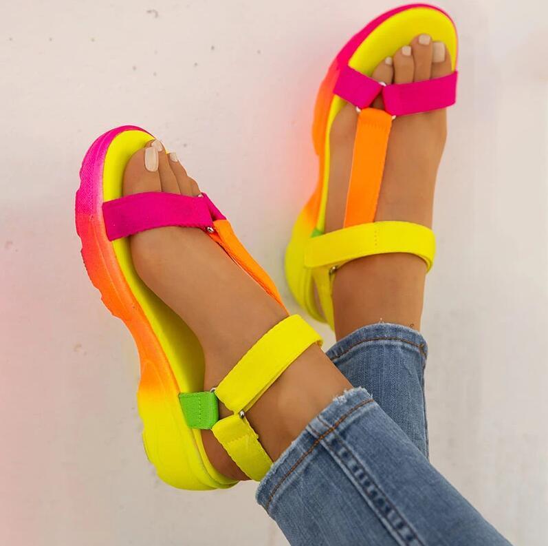 Sandálias do verão das sapatas das mulheres tamanho grande macio Multi Cores sandálias de praia Plataforma Wedge Ankle Shoes Senhoras meninas para as Mulheres