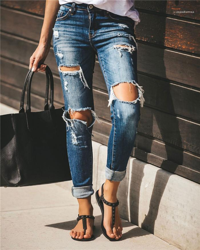 Bleistift-Jeans Sommer Designer Damen gebleichter Knopf dünne dünne Hosen Frauen Licht gewaschene Vintage Hose der Frauen reizvolles Loch