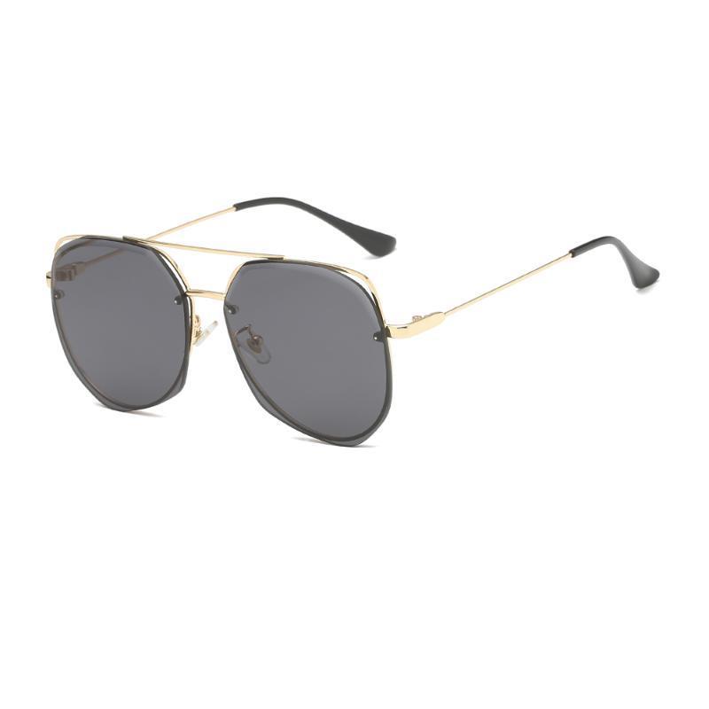 Yüksek kaliteli Sıcak Stil Ön Tasarım Güneş Kadın / Erkek Çok Taraflı Gözlük
