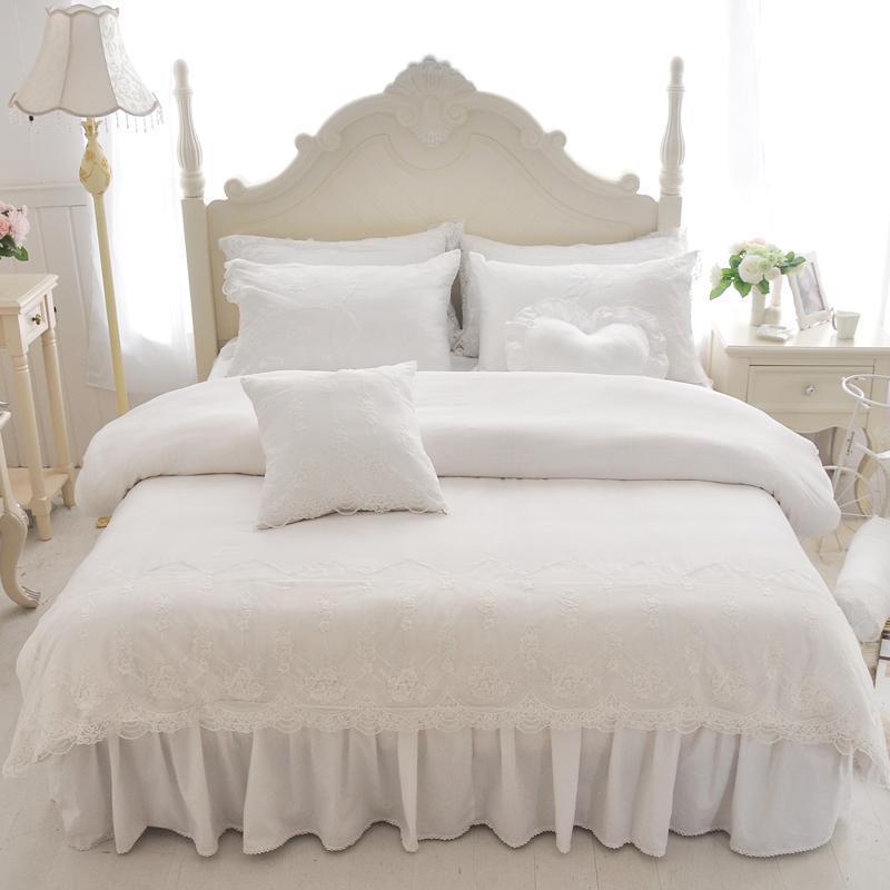 J / 7pcs branco do laço estilo princesa algodão conjuntos de cama de seda lençóis macios cama conjunto capa de edredão rainha rei saia fronha