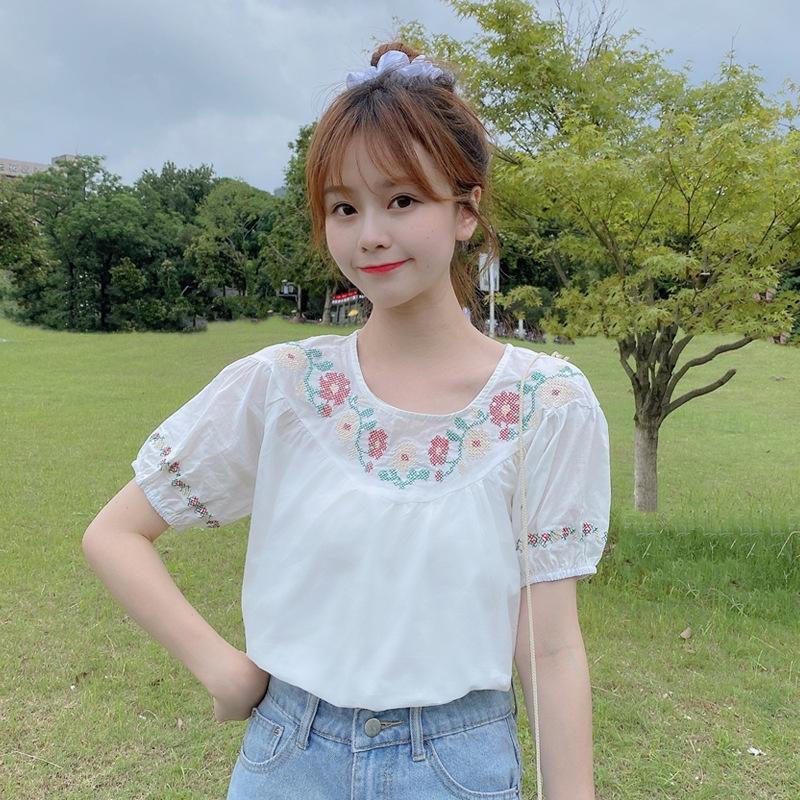 zqnR1 design blanc en vrac été des femmes Internet 2020 nouvelle bulle célébrité de niche de style coréen chemise blanche Top shirt manches broderie Wester