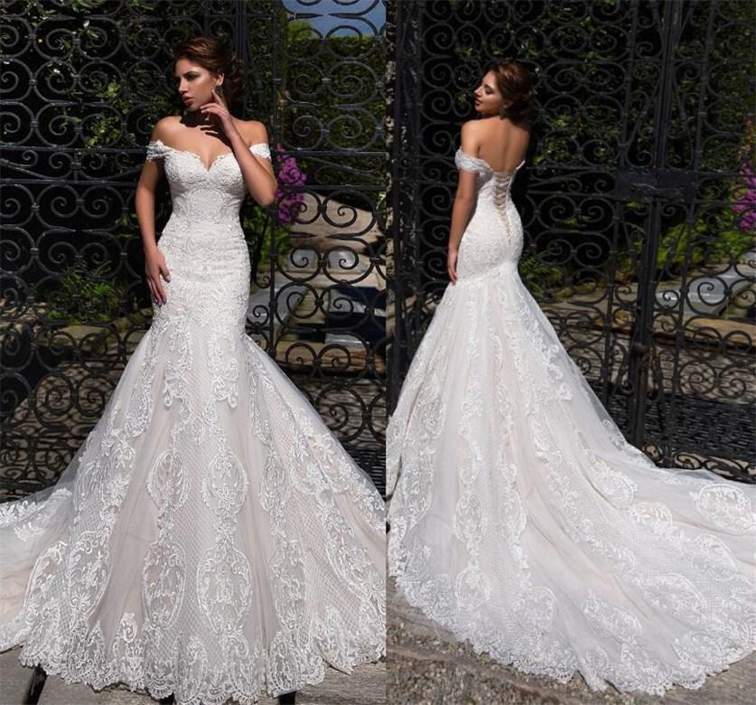 Rose clair Doublure 2020 Les robes de mariée taille plus lacé dans le dos de l'épaule Robes de mariée Vintage Applique dentelle balayage train robe de bal