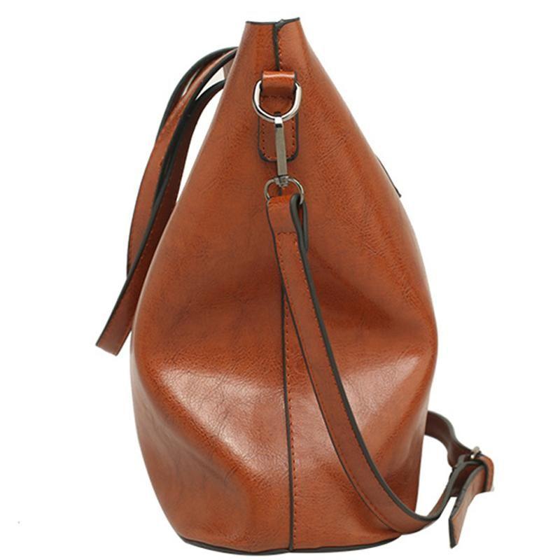 Luxury Shoulder Black Capacity Bag High Oil Wax Large Quality Tote Casual Handbags Women Designer Fashion Handbags Purses Leather Icmbc