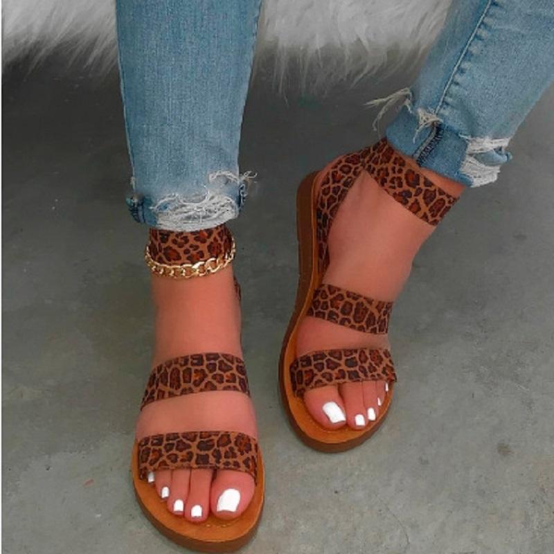 Wohnungen Frauen Sandalen Sommer Leopard öffnen Zehe-Strand-Schuhe reizvolle Knöchel-Bügel-Plattform-römische Sandelholz-Sandalen Mujer
